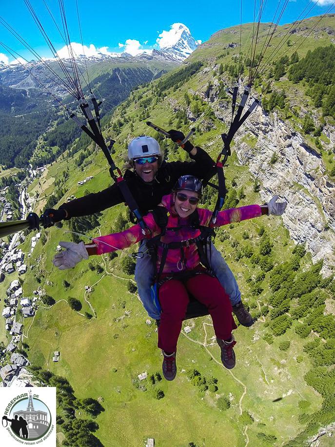 Paragliding-in-Zermatt-002