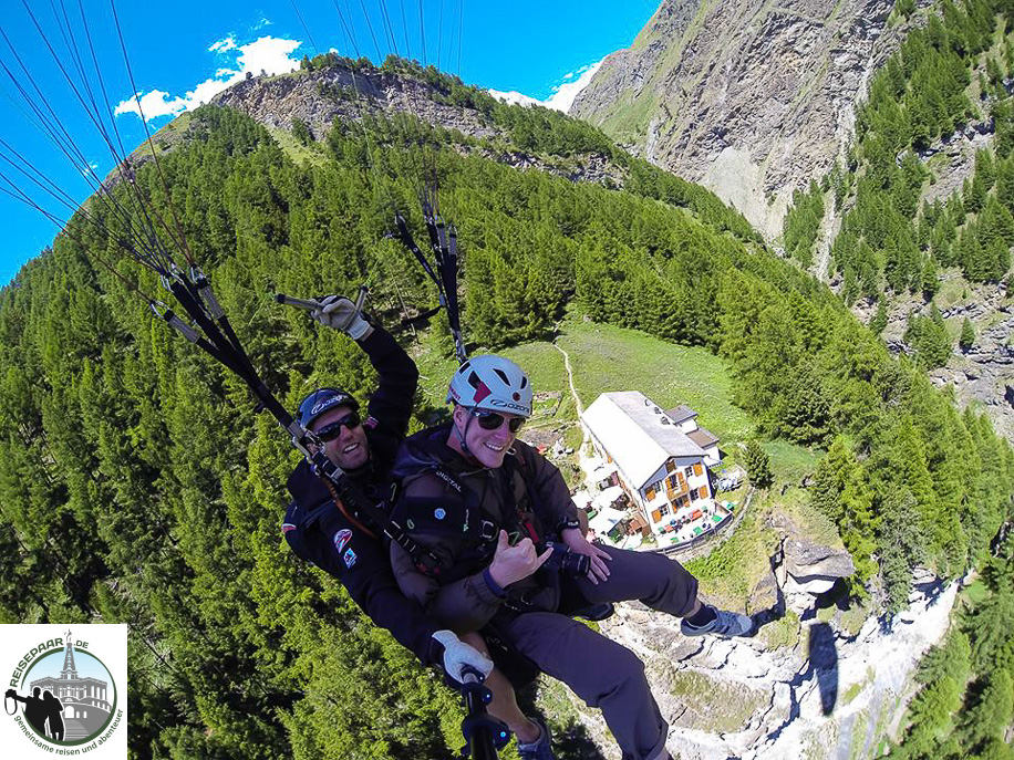 Paragliding-in-Zermatt-004